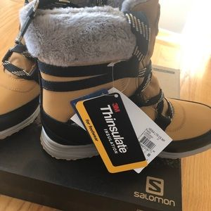 NEW IN BOX Salomon snow boots size 5.5